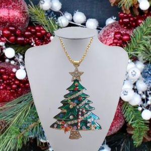 ORNATE GREEN CHRISTMAS TREE NECKLACE